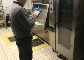 Informatique mobile : des techniciens toujours à la pointe de la technologie